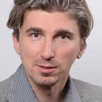 Portraitfoto: Bernhard Wizany