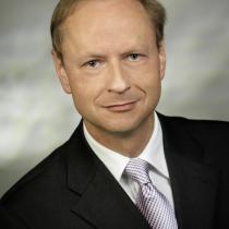 Portraitfoto: Anselm Hartmann