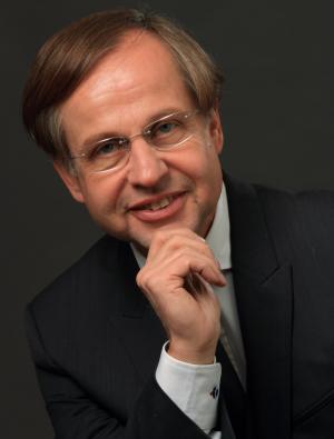 Portraitfoto: Claus Krummrey