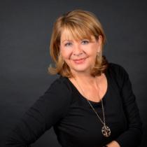 Portraitfoto: Gudrun Helm