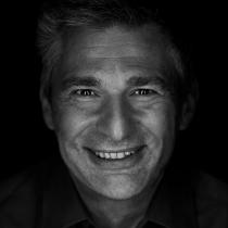 Portraitfoto: Peter Neubauer