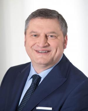 Portraitfoto: Harald Schöffl